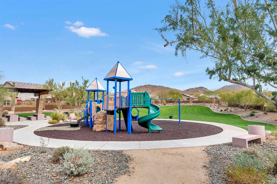 Community-Childrens-Play-Area1