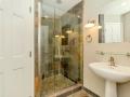 flex-room-bath